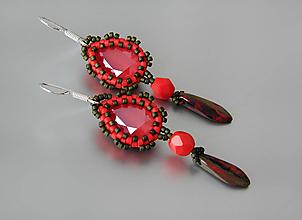 Náušnice - Červené náušnice so Swarovski elements 4320 a Ag925 háčikom - 9730237_