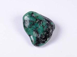 Minerály - Smaragd f244 - 9734214_