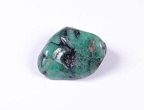 Minerály - Smaragd f249 - 9734234_