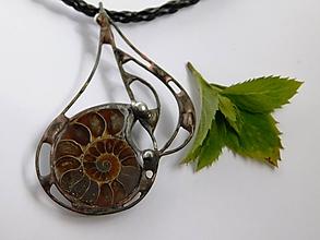 Náhrdelníky - Lesná harfa - amonit, tiffany - 9735704_