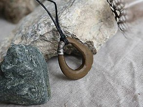 Náhrdelníky - Riečny amulet - 9737136_