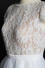 Šaty - Svadobné šaty s transparentým živôtikom a veľkou tylovou sukňou - 9736066_