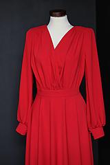 Šaty - Spoločenské šaty s dlhým rukávom a kruhovou sukňou rôzne farby - 9736118_