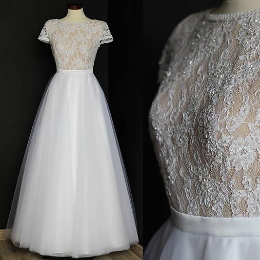 Svadobné šaty s transparentým živôtikom a veľkou tylovou sukňou