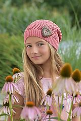 Detské čiapky - Staroružová čiapka so srdiečkom 1 - 9739724_