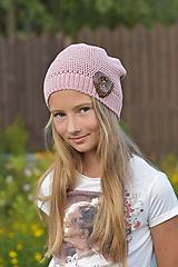 Detské čiapky - Staroružová čiapka so srdiečkom 2 - 9739906_