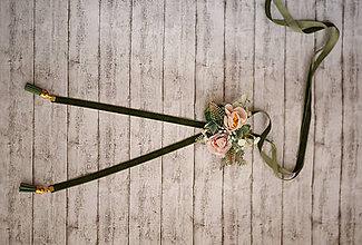 Náhrdelníky - 2 v 1 retiazka s kvetinovou brošňou z kolekcie pre Lydiu Eckhardt - 9739214_