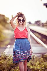 Sukne - Denimová sukňa s vyšívanou bordurou - 9738021_