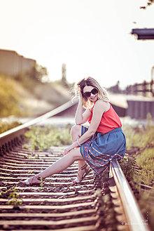 Sukne - Denimová sukňa s vyšívanou bordurou - 9738023_