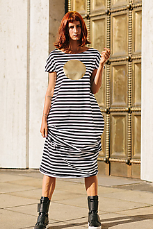 Šaty - FNDLK úpletové šaty 307 BKkL dlouhé - 9740758_
