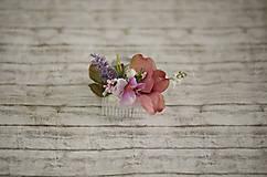Ozdoby do vlasov - Kvetinový hrebienok do vlasov - 9741886_