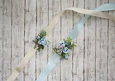 Náramky - Folk kvetinový náramok pre družičky na modrej stuhe - 9743270_