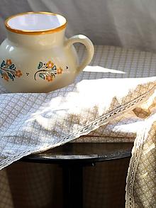 Úžitkový textil - Obrus. Starosvetský s ľanovou krajkou ako od babičky. - 9740765_