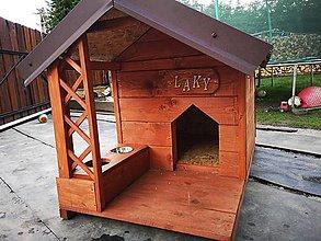 Pre zvieratká - Drevena búda pre psa s terasou - 9740317_