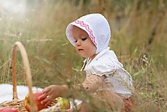 Detské čiapky - Ultraľahký čepček batist & biela s folk krajkou - 9741344_