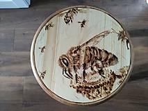 Nábytok - Včelarsky stolček - 9745923_