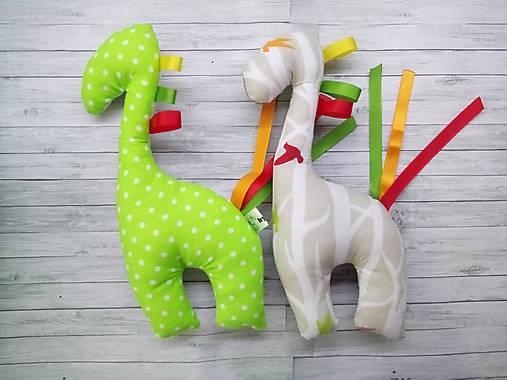 Hrkálka žirafa s vtáčikmi zelená alebo hnedá