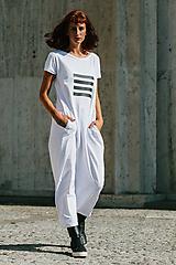 Šaty - FNDLK úpletové šaty 299 BKkL dlouhé - 9748867_