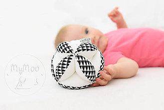 Hračky - Montessori úchopová loptička s rolničkou - cikcak - 9749104_
