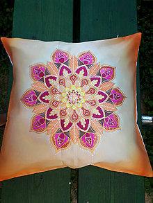 Úžitkový textil - Vankúšik Ženská energia - 9747713_