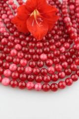 červený jadeit