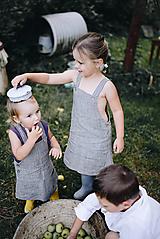 Dievčenská ľanová sukňa na traky