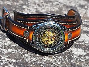Náramky - Štýlové pánske kožené hodinky hnedé - 9753568_