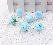 Púčiky ružičky 2 cm  (Belasé)