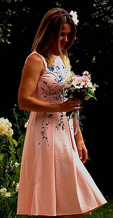 Šaty - Ručne maľované bledoružové šaty - 9752976_