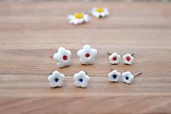 Náušnice - Porcelánové náušničky Kvet pre teba - 9751315_