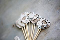 Dekorácie - Candy bar - napichovátka (zápich) - s kvetmi - 9757029_