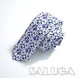 - Folklórna slim kravata - modrá - tanečníci (kravata bez vreckovky) - 9756439_