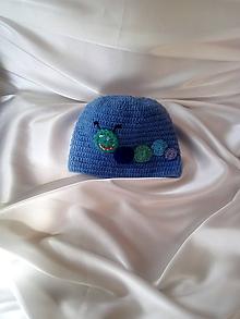 Detské čiapky - modrá čiapočka stonožka - 9756141_
