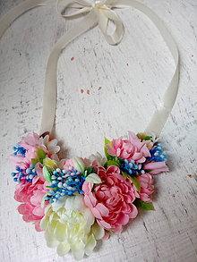 Náhrdelníky - Náhrdelník z kvetov - 9757281_