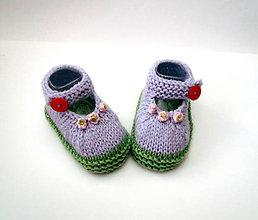 Topánočky - Sandálky lila s červeným gombíkom - 9763399_