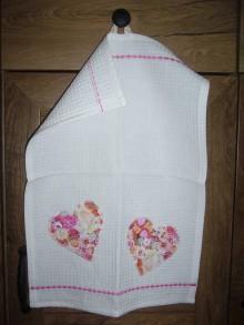 Textil - Detský uteráčik- kvietkované srdiečka - 9762932_