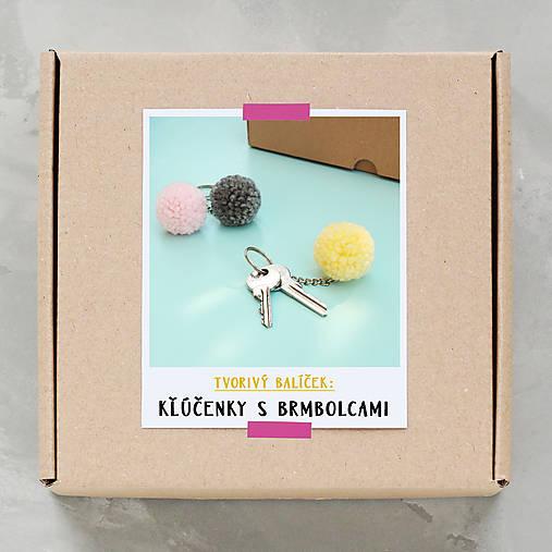 Kľúčenky s brmbolcami - tvorivý balíček s návodom