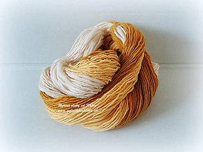 Materiál ručne robený - Dúhovo oranžová, ručne pradená merino vlna - 9765946_
