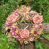 Dekorácie - Veľký prírodný veniec s ružami - 9764645_
