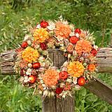 Dekorácie - Prírodný oranžový venček - 9765350_