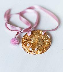 """Náhrdelníky - MEDAILÓN náhrdelník """"Perla v zlate"""" - 9766946_"""