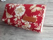Peňaženky - Peňaženka- zlaté ruže - sada s kľúčenkou (Červená) - 9767192_