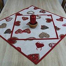 Úžitkový textil - Bordo srdiečka s gombíkmi - obrus štvorec - 9766582_