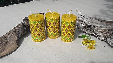 Svietidlá a sviečky - Sviečka z včelieho vosku - 9768122_