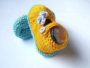 Topánočky - Sandálky žlté s lila kvetinkami - 9769636_