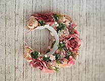 Ozdoby do vlasov - Ružová veľká bohato zdobená kvetinová parta z kolekcie pre Lydiu Eckhardt - 9769849_