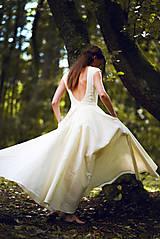 Šaty - Šaty z ľanového plátna - 9770124_
