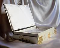 Krabičky - Darčeková drevená krabička na ploskačky - 9770000_