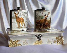 Dekorácie - Vreckové ploskačky v ozdobnej drevenej krabičke - 9770212_