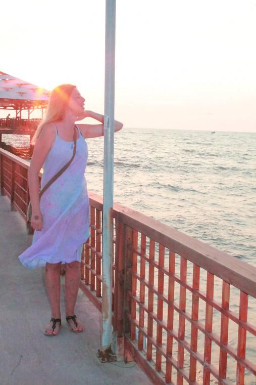 Romantické batikované ľanové šaty